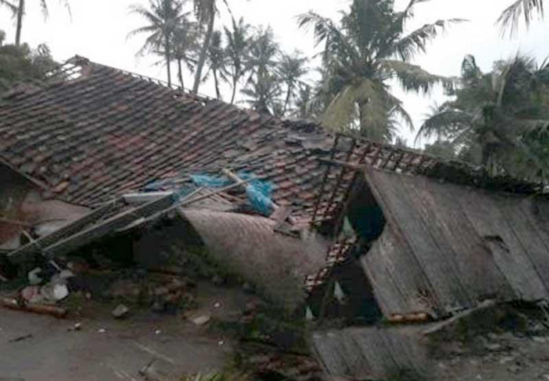 3 Desa dihantam Angin Putting Beliung