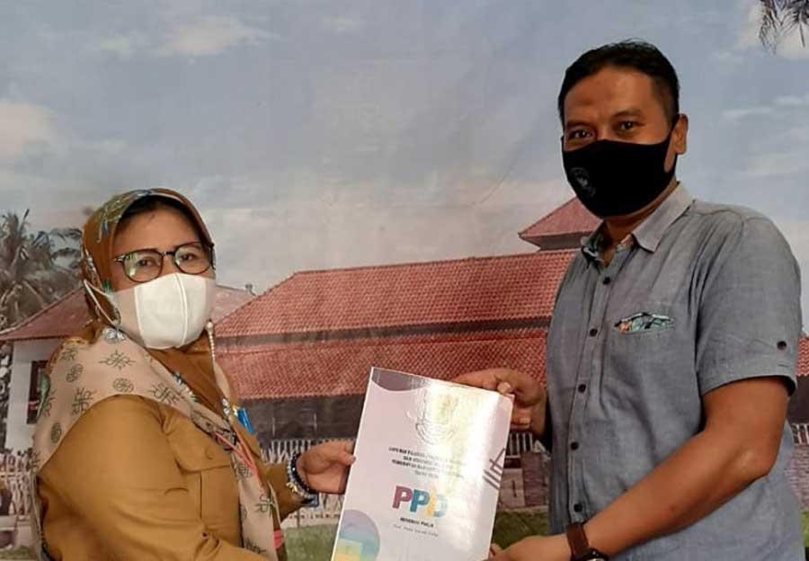 Diskominfo Kabupaten Tangerang Serahkan Laporan PPID Tahun 2020
