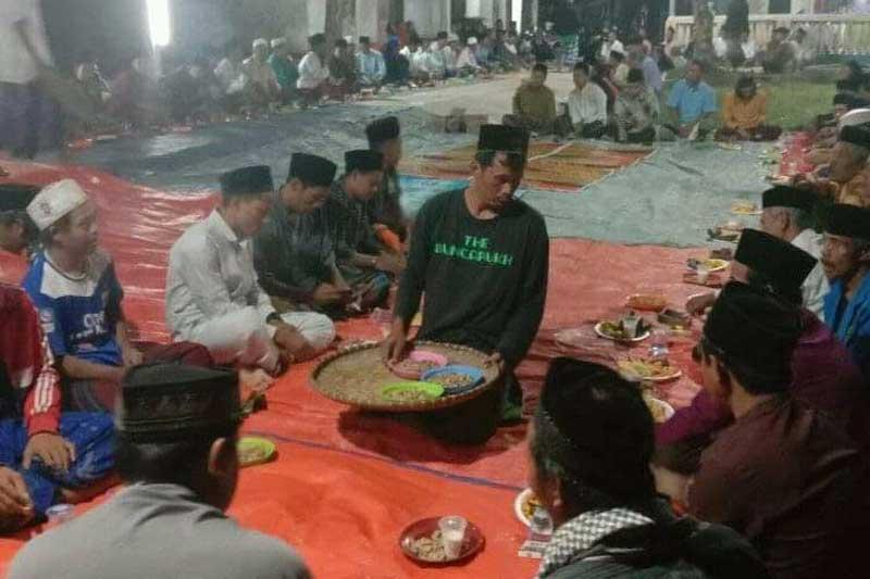 Warga Cibogo Solear Suka Cita Sambut Ramadhan dengan Riungan